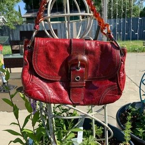 Miu Miu handbag blood red 🍎